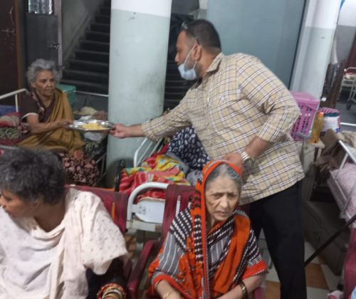 Dinner Arrangement in Fatima Old Age Home, Falaknuma, Hyd on 19th May 2021